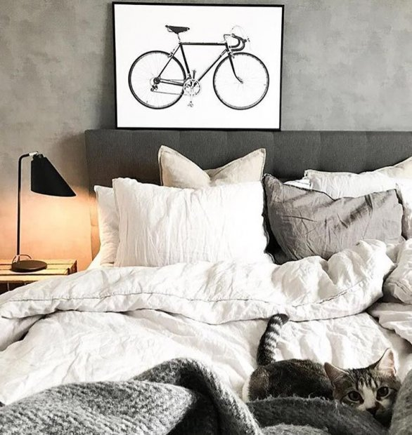 Simple but beautiful poster with a bike