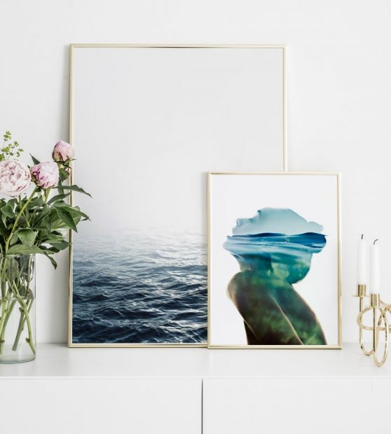 Prints with gold frames and posters inspired by the sea